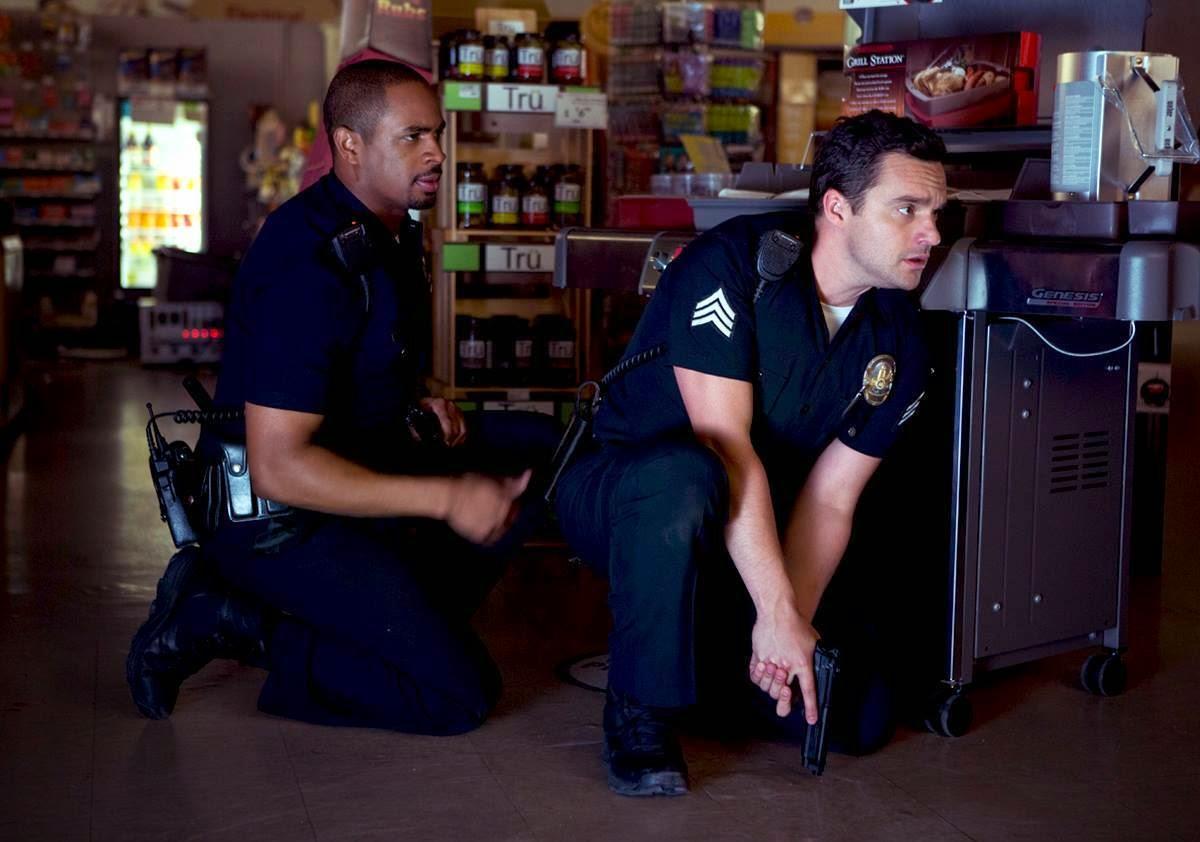 lets be cops damon wayans jr jake johnson