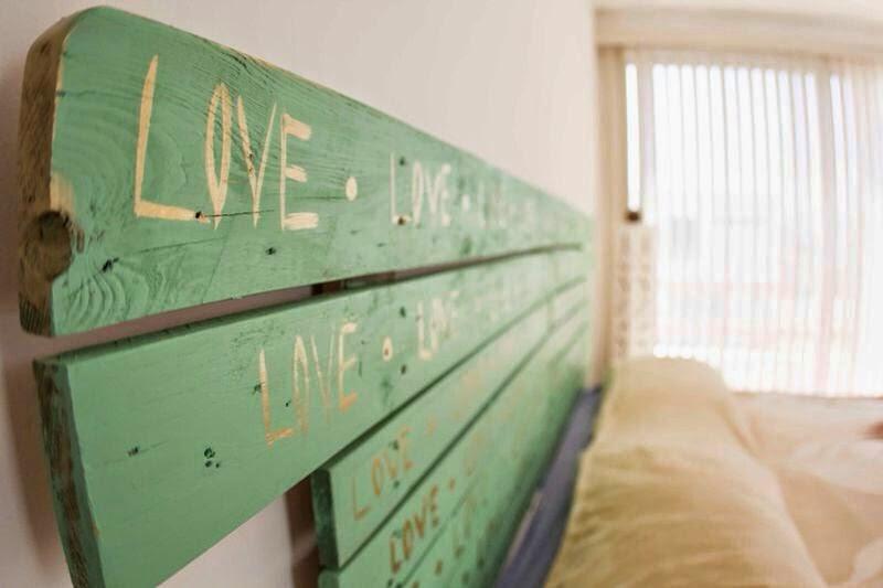 Fluvial vallarta residencial decoraci n con material for Cabeceras de cama con tarimas