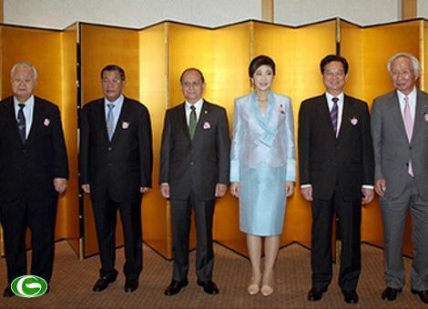 Thủ tướng Nguyễn Tấn Dũng cùng Thủ tướng các nước Lào, Thái Lan, Campuchia và Tổng thống Myanmar dự tiệc chiêu đãi do Phòng Thương mại và Công nghiệp Nhật Bản và Liên đoàn các tổ chức kinh tế Nhật Bản Keidanren tổ chức.