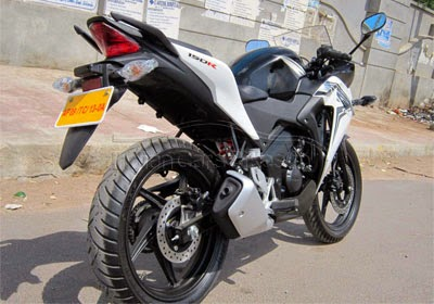 Gambar CBR 150 Putih
