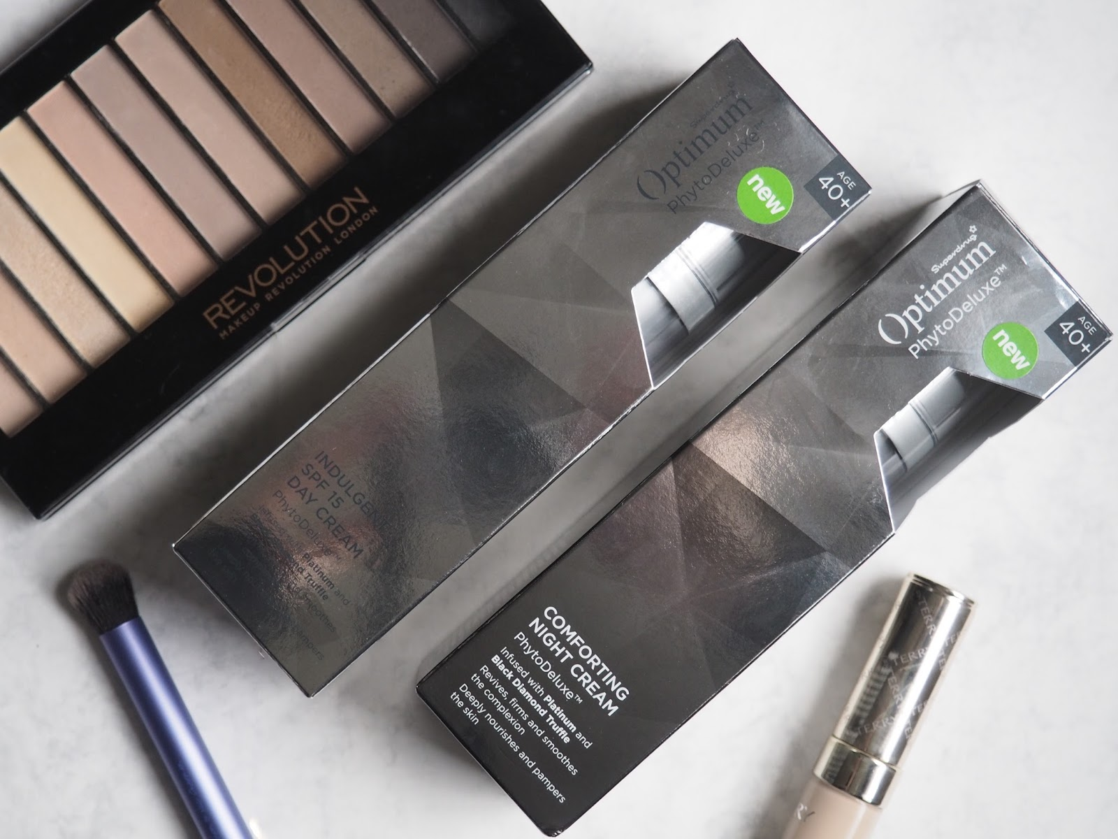 Optimum Phytodeluxe Range Review Priceless Life Of Mine Eyeliner Black As We Age Our Skin And Its Needs Change Woman Are Often On The Hunt For A Great Moisturiser To Help Revive Their