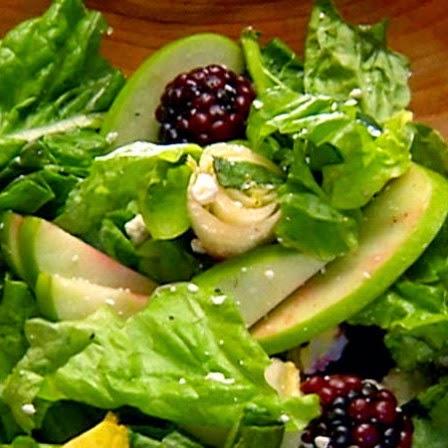 كيفية تحضير سلطة التفاح الأخضر المفيدة في انقاص الوزن