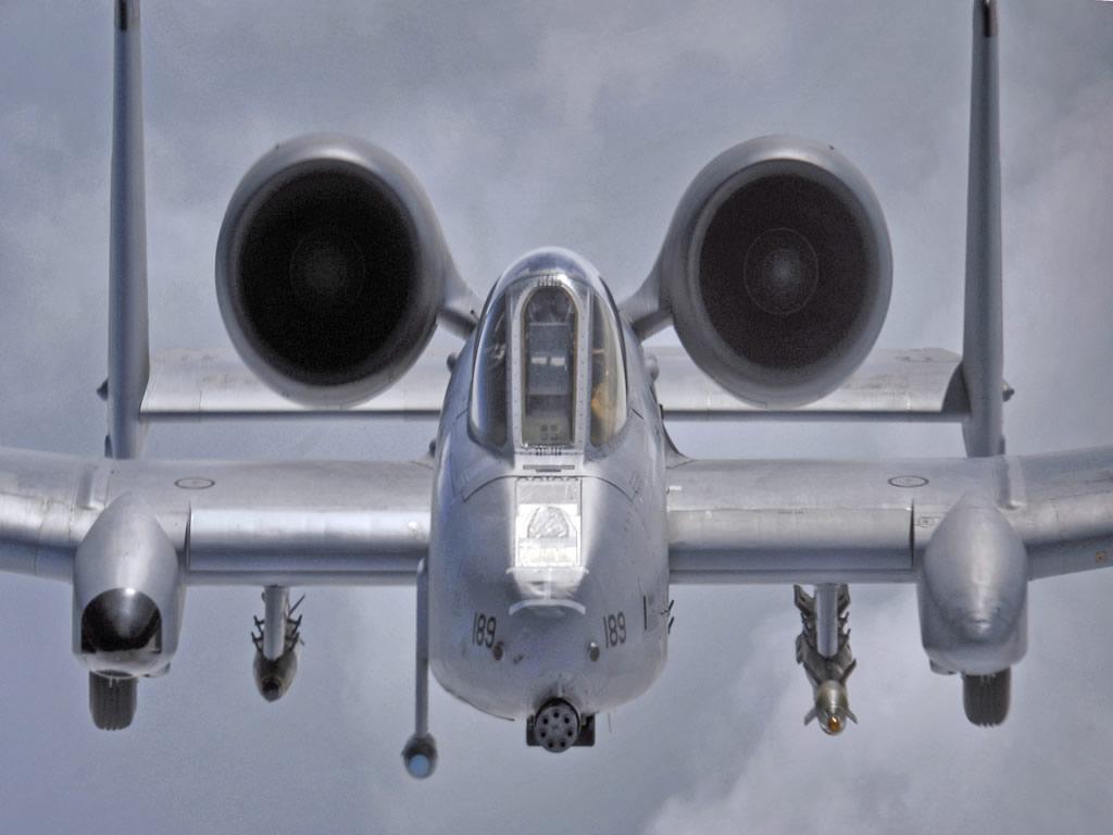 http://1.bp.blogspot.com/-248TkoLZFy8/TzZtHXUpl7I/AAAAAAAAYNM/jQLiHfTlhiw/s1600/a-10-thunderbolt-military-aircraft-desktop-computer-wallpaper.jpg