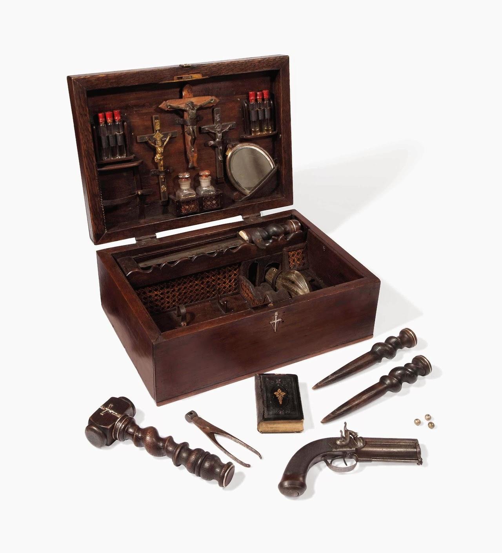 Propnomicon Christie S Vampire Killing Kit