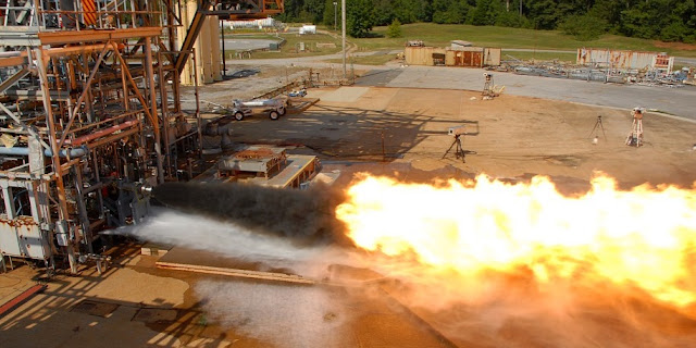 The Dynetics-Aerojet Rocketdyne F-1B SLM Gas Generator Injector is hotfire tested at NASA's Marshall Space Flight Center. Credit: NASA
