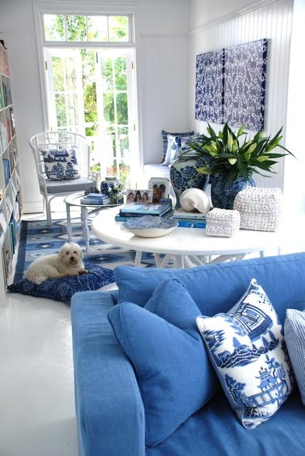 verandah house family spaces. Black Bedroom Furniture Sets. Home Design Ideas