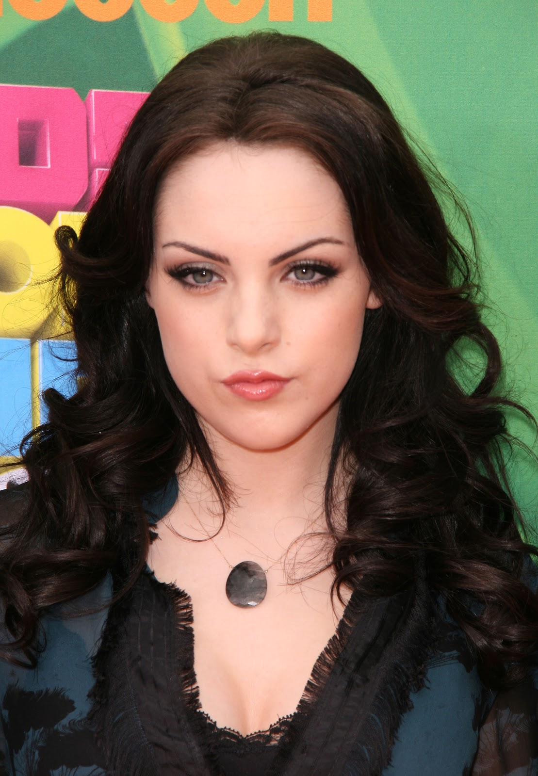 Elizabeth Gillies As