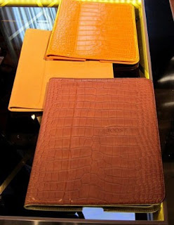 Gambar Tods Alligator Skin Covers