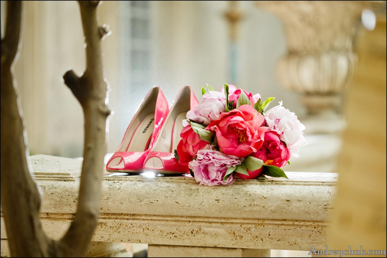свадебный букет и туфли