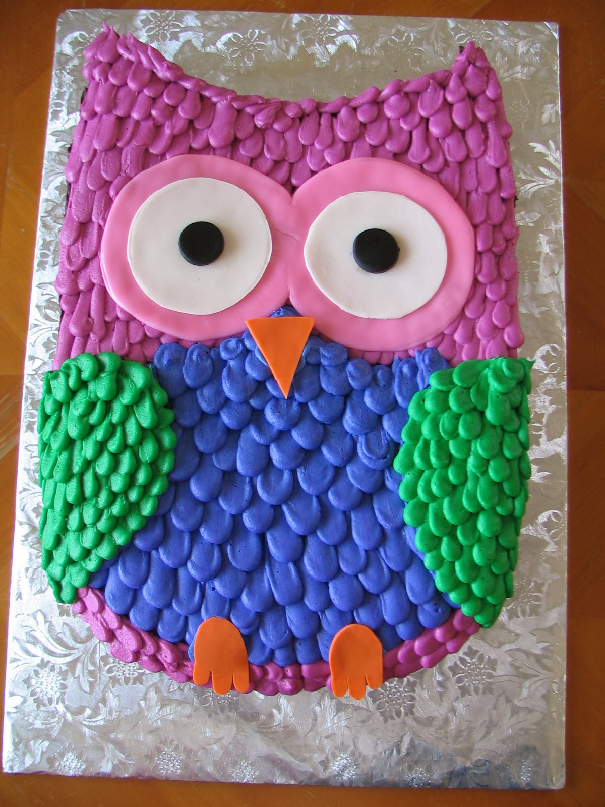 Easy Owl Cake Design : Piped Dreams: Owl Cake