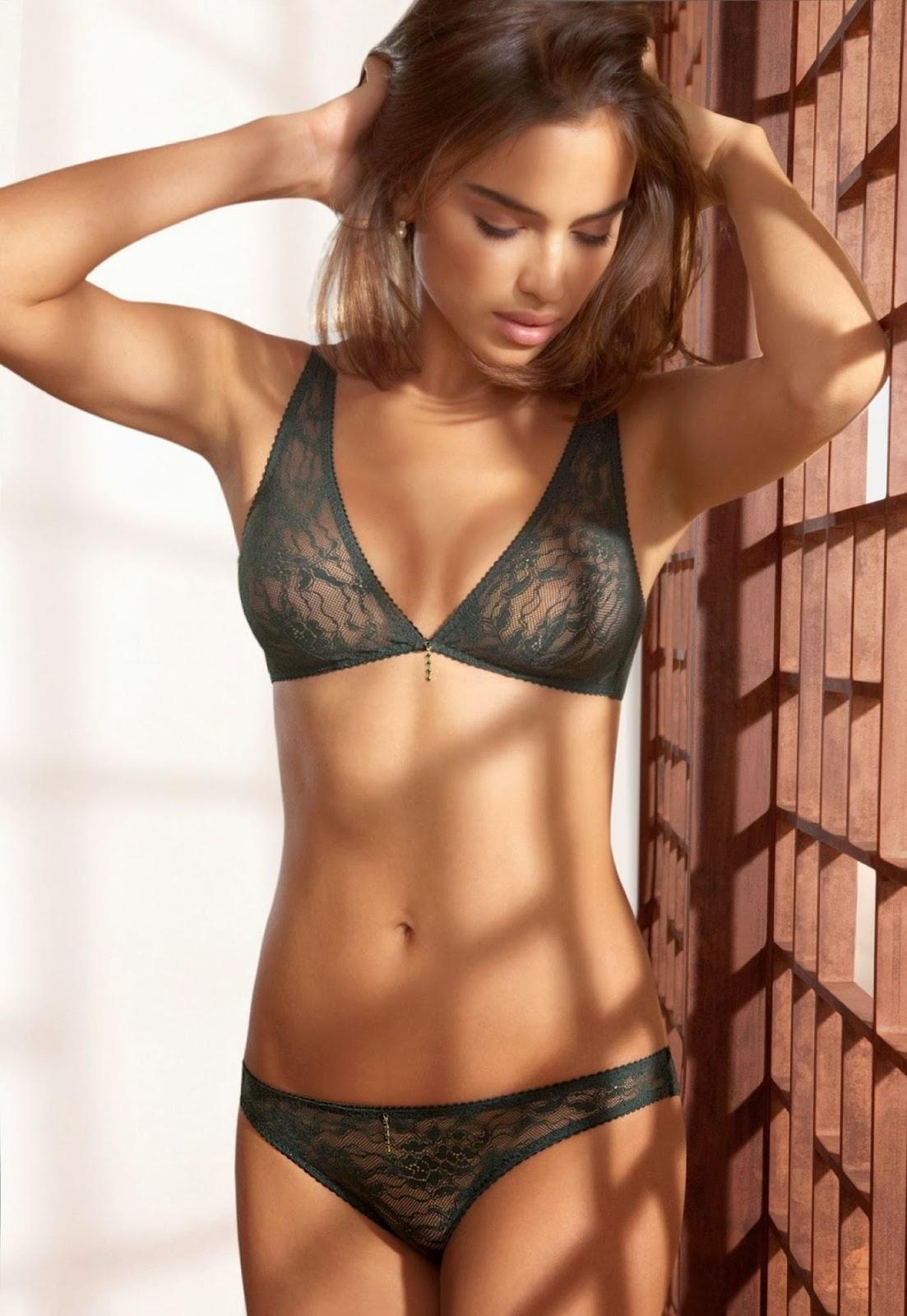 Foto Hot dan Seksi Model Irina Shayk