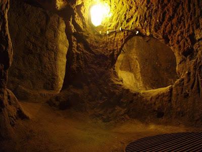 أحد عجائب الدنيا :- مدينة تحت الأرض تتسع لـ 30 الف شخص فى تركيا 277443815_651213583f