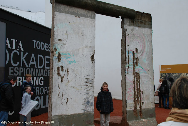 Checkpoint Charlie, East Berlin, Germany, Berlin Wall,