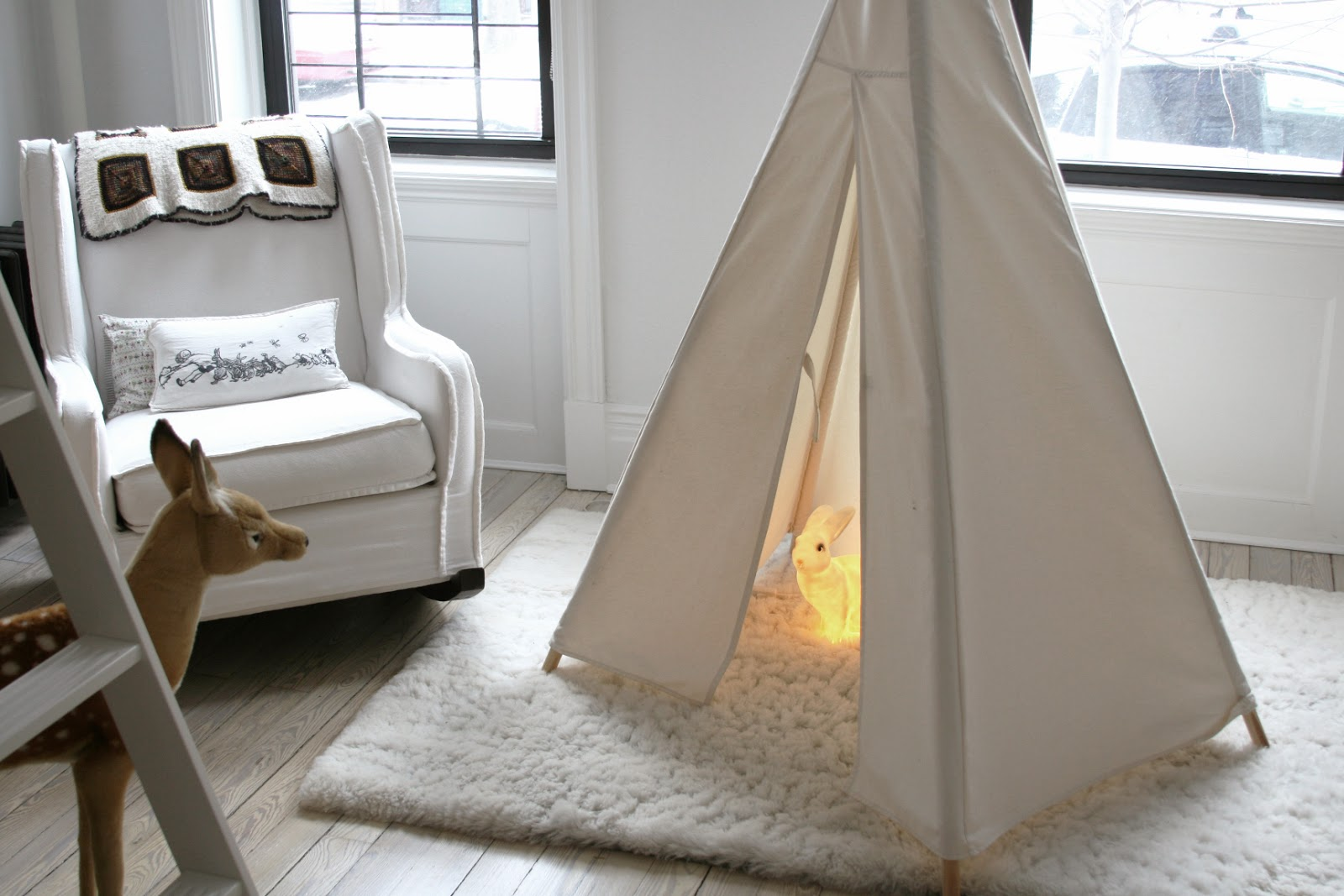 Beautiful shopping guide perch loft bed and classic crib by oeuf teepee by great plains rug and rocker abc carpet and home play kitchen by momoll storage boxes