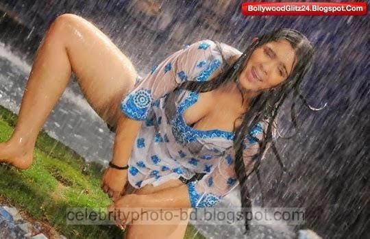Telugu%2BActress%2BCharmi%2BKaur's%2BSizzling%2BHot%2BPhotos%2Bgallery%2B2014016
