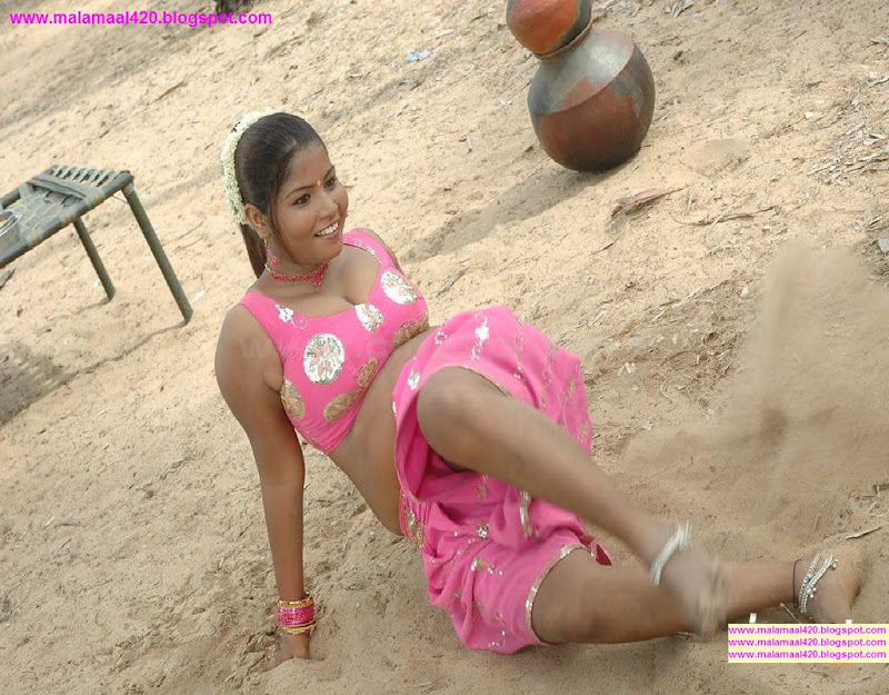 Mallu Aunty Hot Wet In Pink Blouse Pictures Images