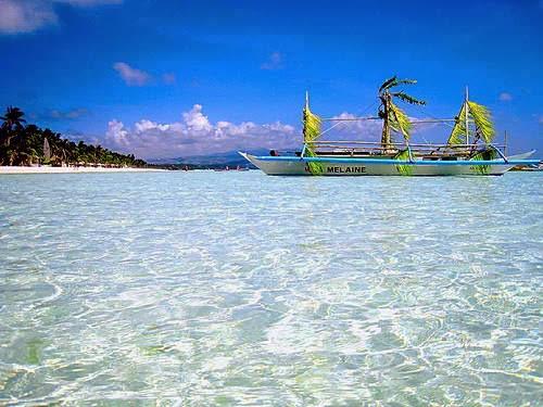 Explore Philippines: visit Boracay