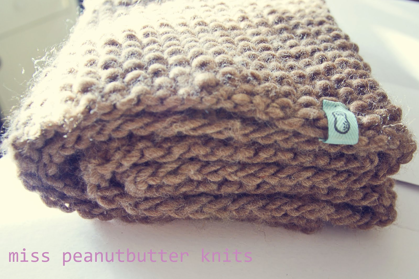 Infinity Scarf Knitting Pattern Bernat : miss peanutbutter knits: Chunky Infinity Scarf