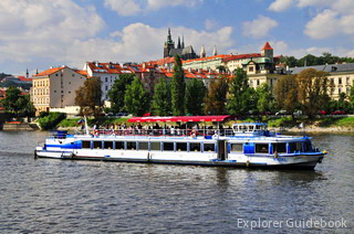 Best Prague vltava cruise