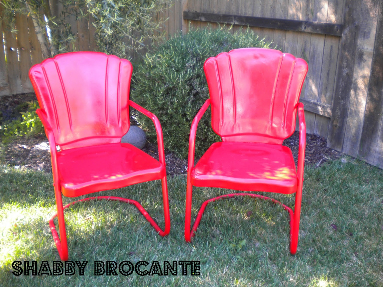 Shabby brocante vintage metal lawn chairs Vintage metal garden furniture