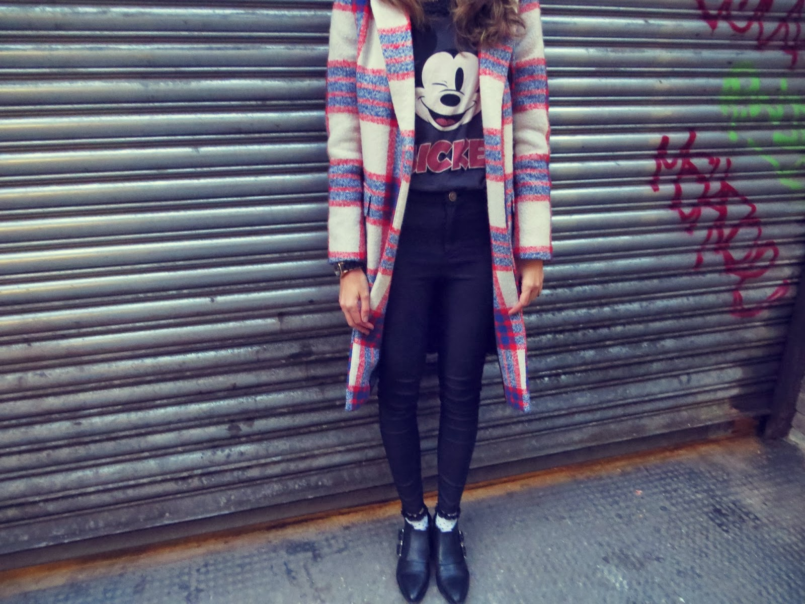 red blue plaid coat checked menswear androgynous stella mccartney tartan zara mickey mouse fashion london blogger
