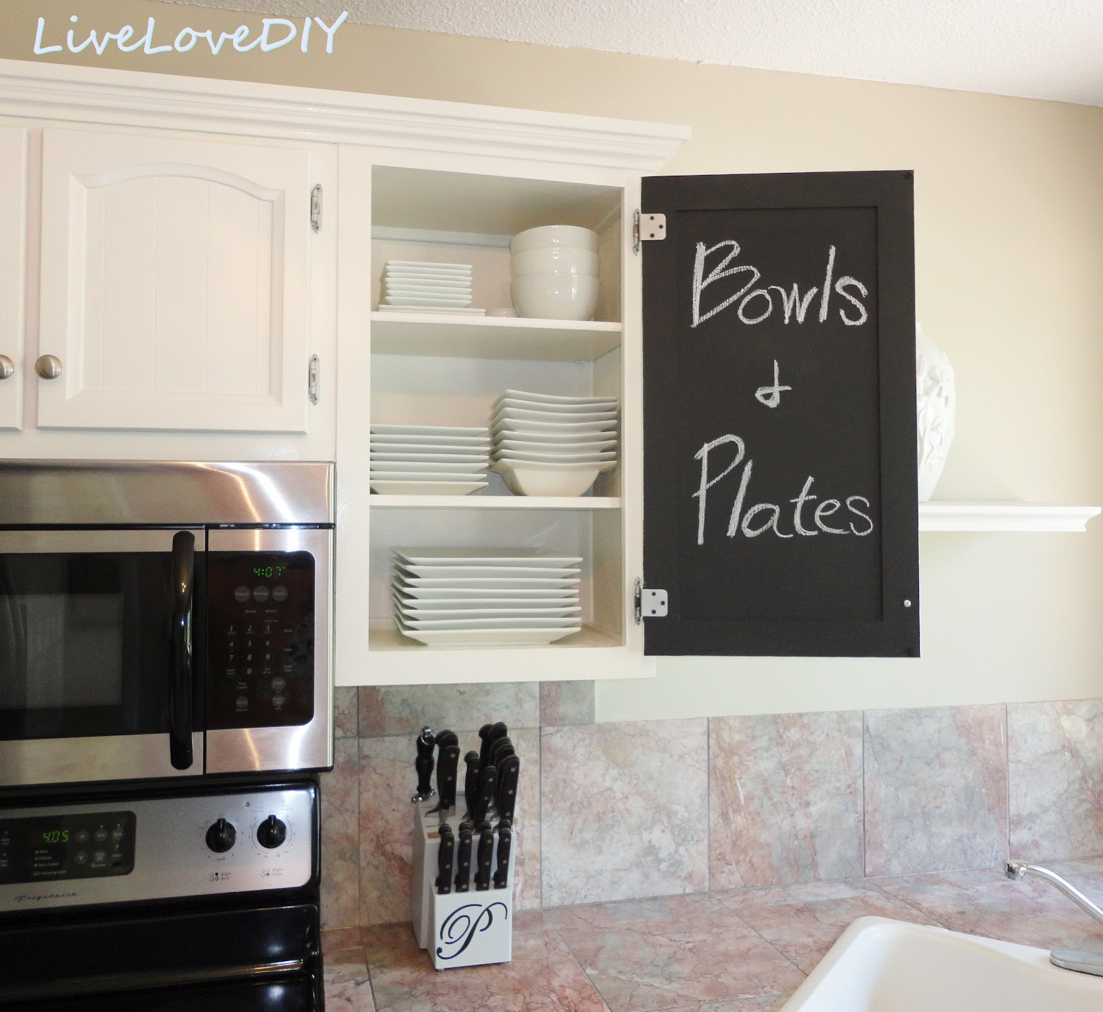 Kitchen cabinet chalk paint makeover creative home for Chalkboard paint kitchen cabinets