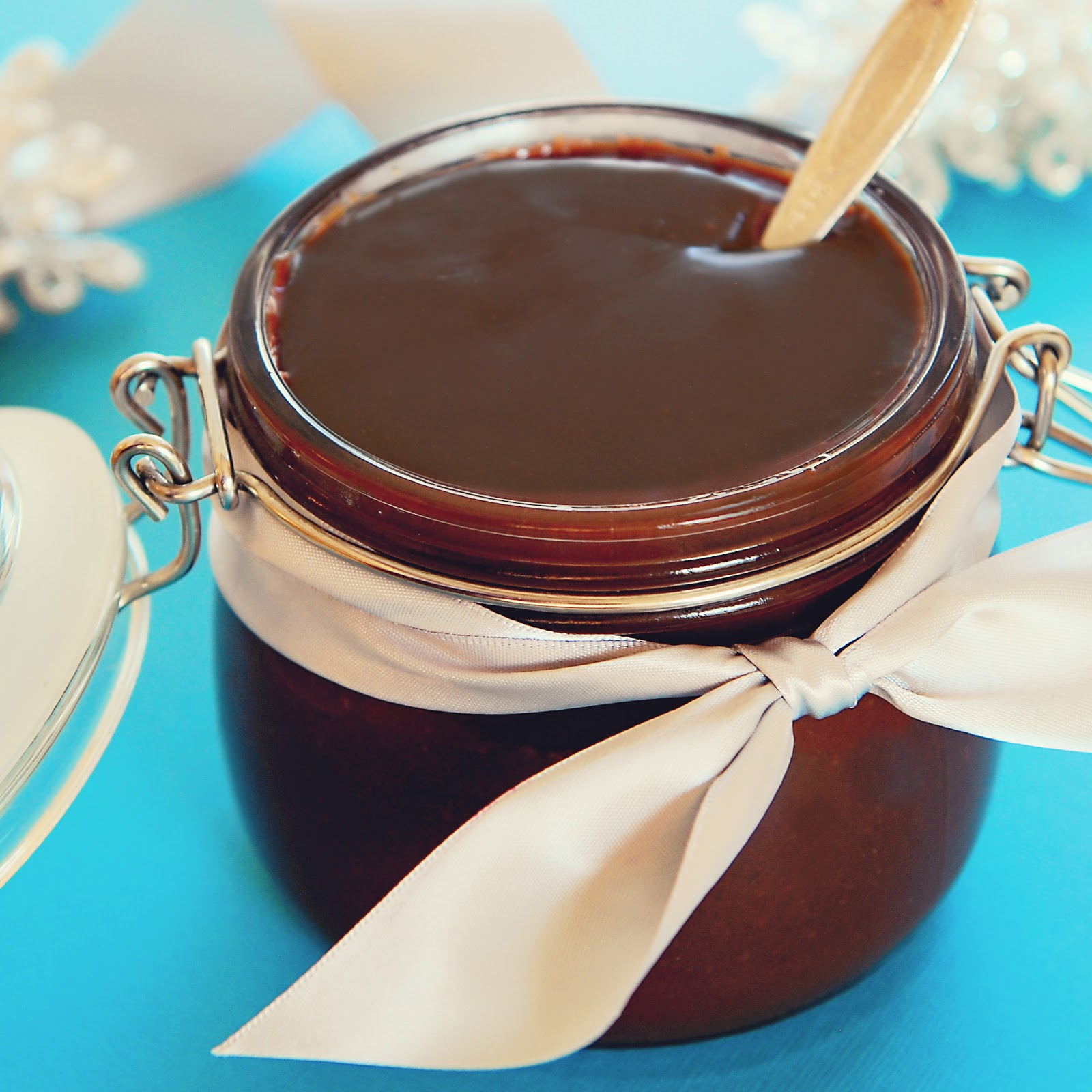 Simply Gourmet: Hot Fudge Sauce