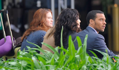 sandra oh ellen pompeo grey's anatomy on the set wilshire grand hotel april 4 sarah drew jesse williams