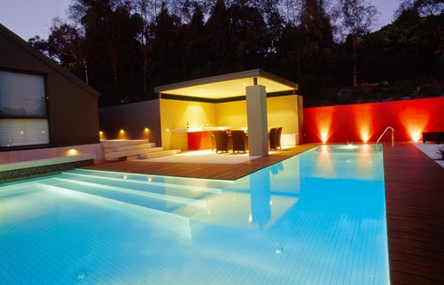 Elegant modern backyard swimming pool light decoration