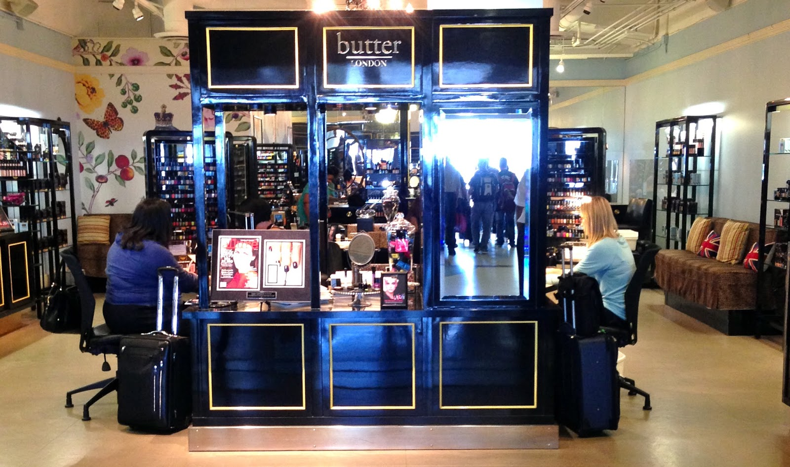 from the land of lorp: butter LONDON Airport Nail Salon