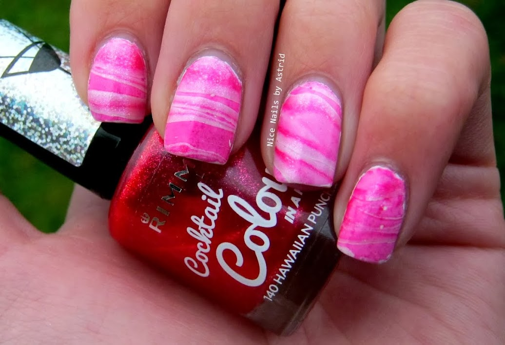 Christmas #1 - Candy Cane Watermarble - Nice Nails by Astrid - Sally hansen Angel with - rimmel Hawaiian punch