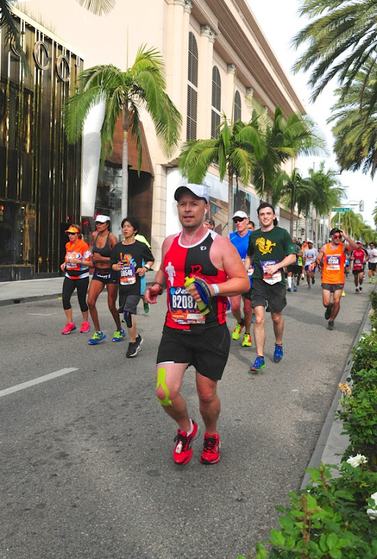 Running Los Angeles Marathon for charity