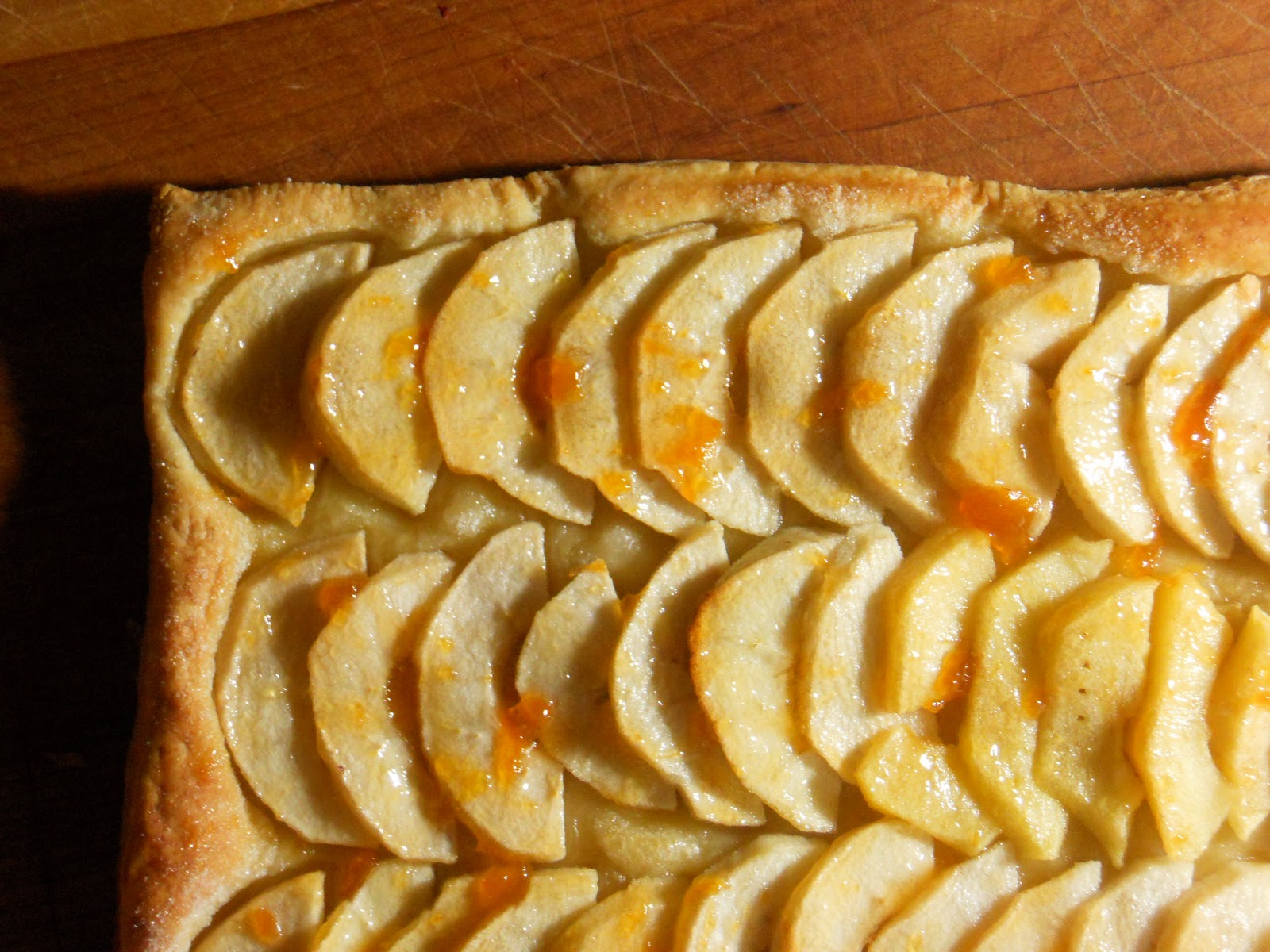 laughingspatula.com: French Apple Tart