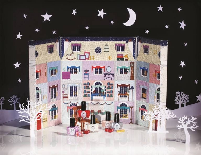 Ciaté nail polish beauty advent calendar 2014 mini mani manor