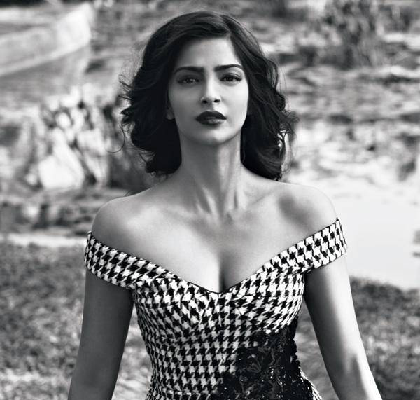 Lovely Sonam Kapoor Hot Photos