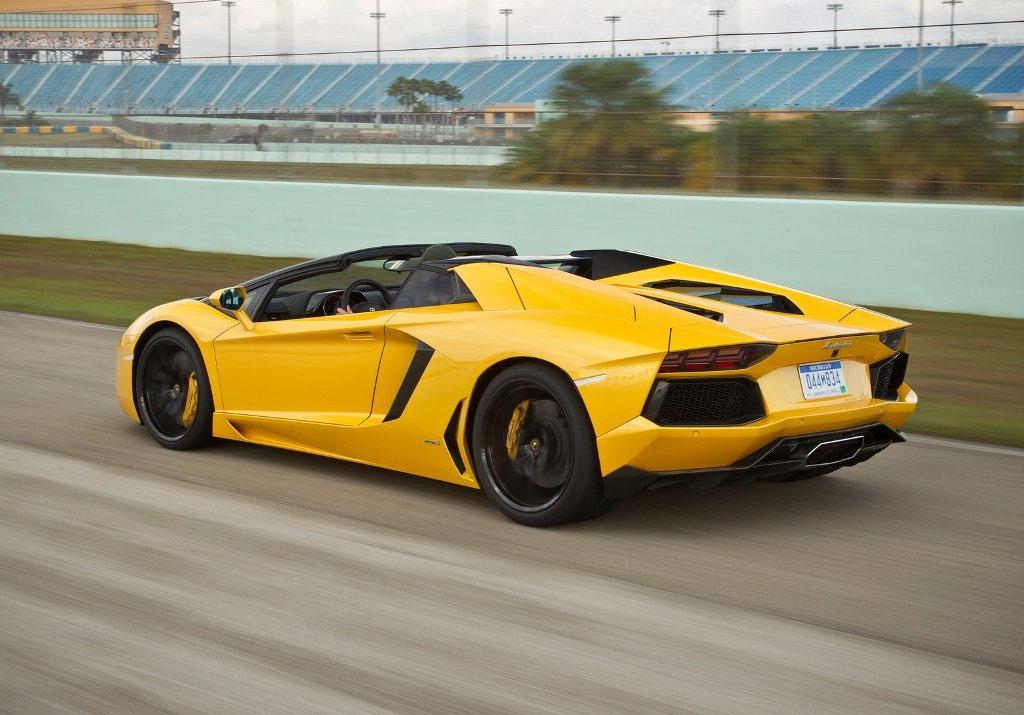 Car Wallpaper Download : Car Wallpaper Lamborghini ...