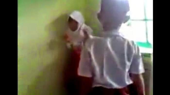 Video Kekerasan Siswa SD ke Teman Sekelas Terjadi di Bukit Tinggi