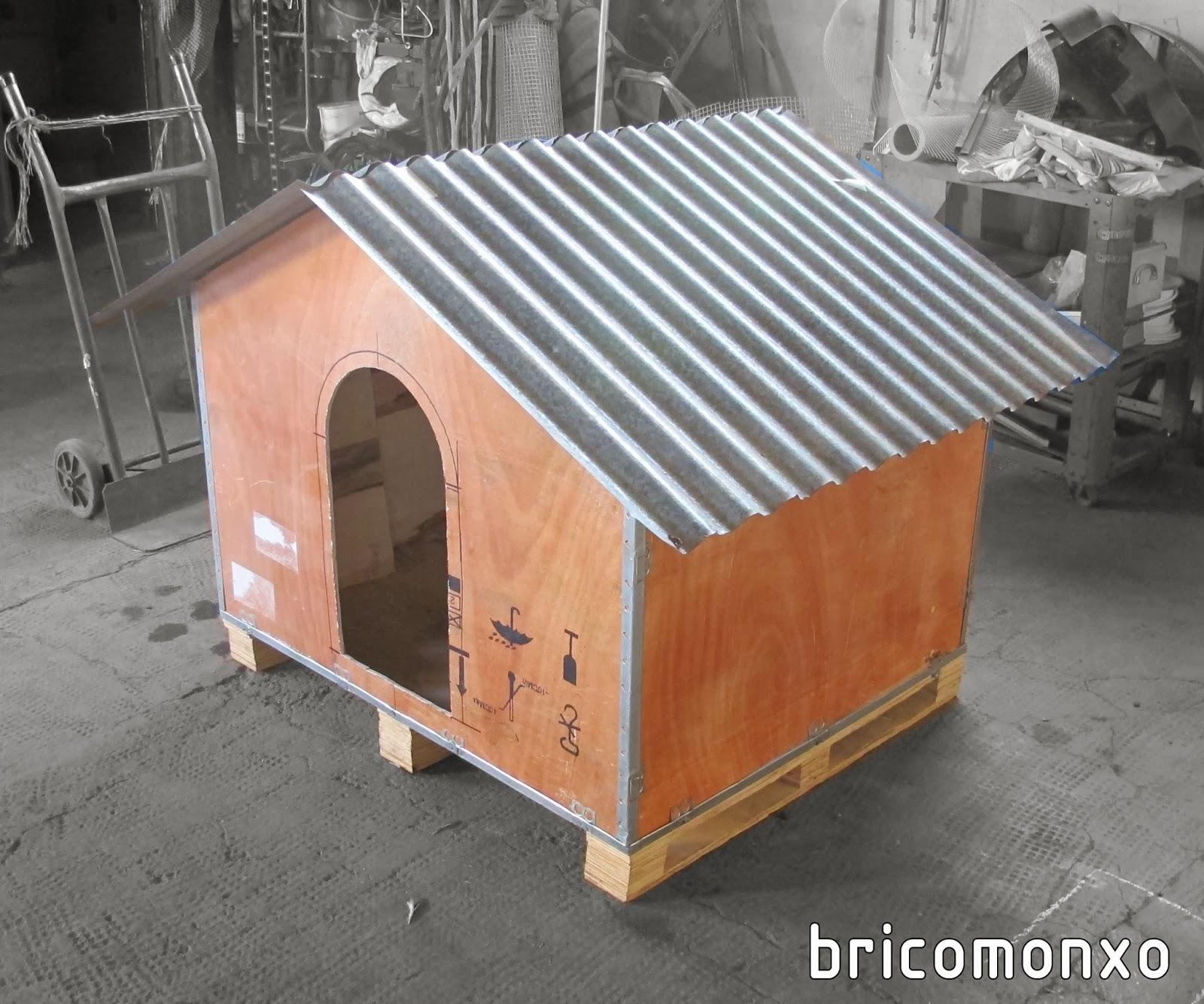 Bricomonxo caseta para el perro caj n de madera reciclado - Caseta para perro grande ...