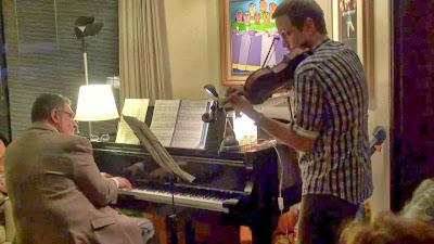 Luiz Amato (violino) e Achille Picchi (piano) - Um Asno