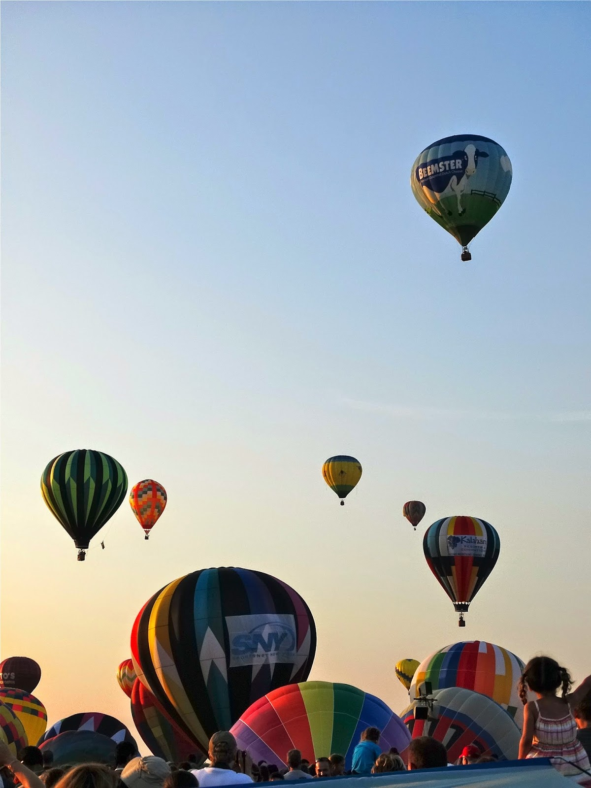 Hot Air Balloon Festival in New Jersey, photo by Jennifer Jeffery | House Of Jeffers | www.houseofjeffers.com