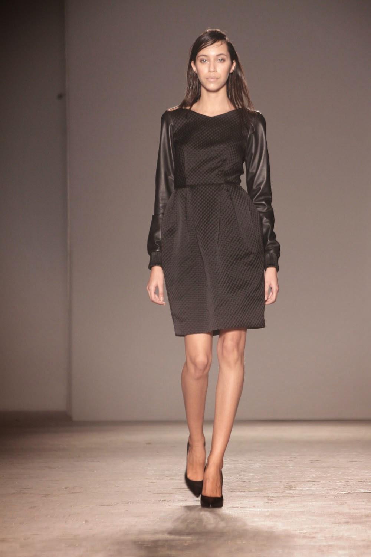 Moda glamour italia milano moda donna cristiano burani for Mode milano