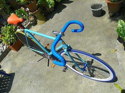 Gambar Sepeda Fixie Biru