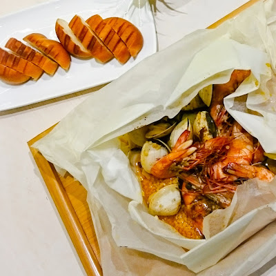 Seafood En Papillote