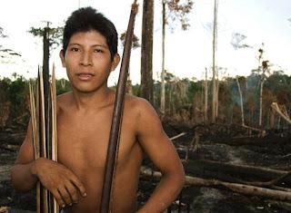 FOTO: Kehidupan Suku Awá, Suku Terasing di Hutan Amazon 2kFANS.com awa fw 120425 jpeg 164652