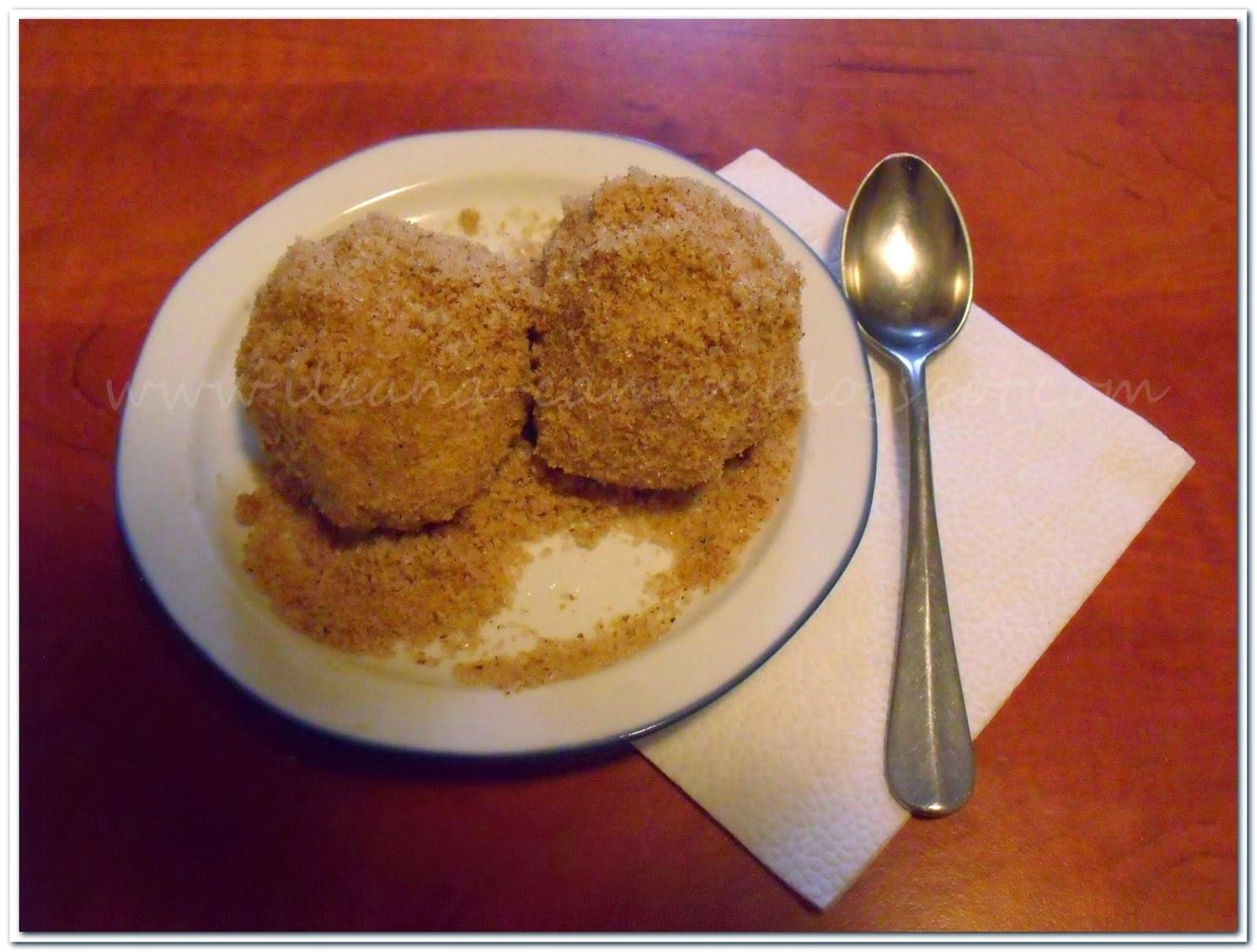 http://ileana-carmen.blogspot.ro/2014/12/receipe-dumplings-with-plum.html