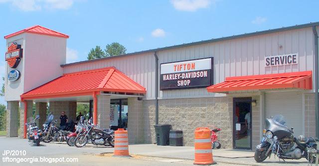 Harley Davidson Dealers In Georgia >> MOTORCYCLE BIKERS Harley Davidson Buell Victory,Indian,Honda Yamaha Biker Rally Photos