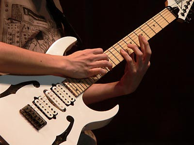Guitar Chords are easy, yet complicated. Here are some good riffs