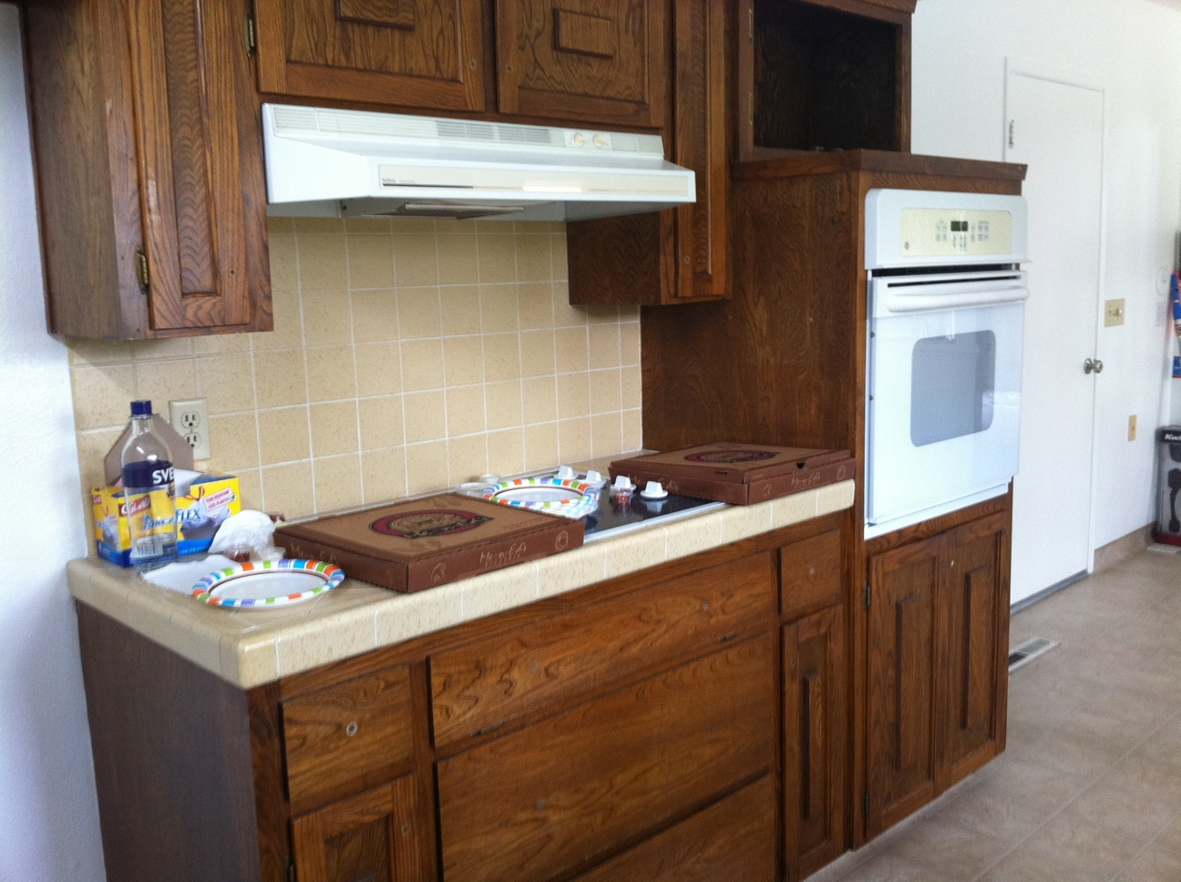 the thinking blonde: before and after: kitchen cabinets (and more)