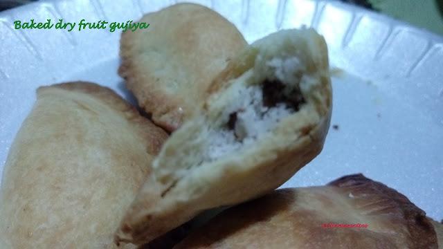 Baked dry fruit gujiya