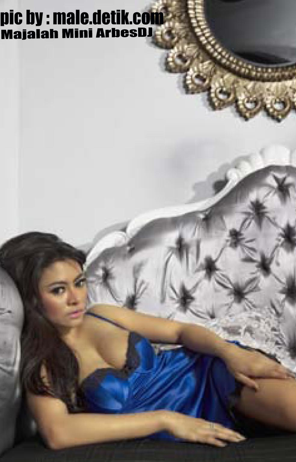 HOT : Foto Sexy Vitalia Shesya Di Majalah Male Digital ...